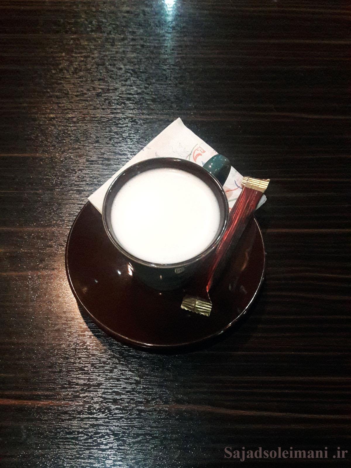 کافه های تنهایی